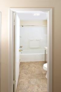 Sycamore Bath